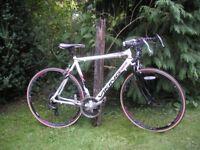 road racing bike,viking mistrale,aluminium 21.5 in frame 21 spd,new tyres,very tidy