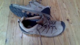 Keen waterproof hiking trainers size 11
