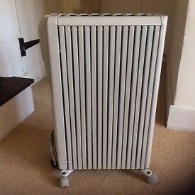 Delonghi Portable Oil Filled Radiator