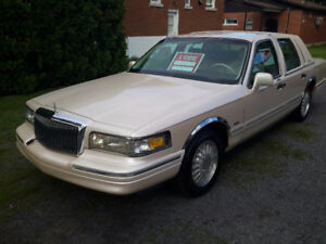 1995 Lincoln Town Car Cartier Berline
