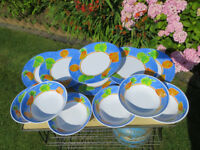 CAMPING MELAMINE 6 PLATES AND 6 DISHES