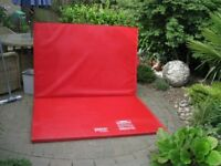 Gym Equipment Folding Exercise Mat 5ft by 7ft Retail Price £450