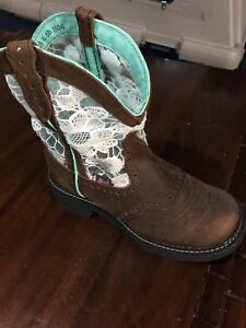 Brand new cow girl boots