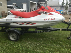 2005 Yamaha Waverunner VX110 Sport EFI with Reverse and Trailer