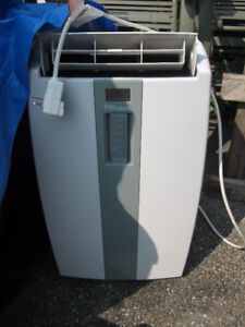 Air Conditioner Danby 11,000 BTU 3-n-1  AC Dehumidifer fan