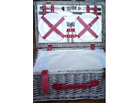 Fitted Picnic Basket (4 person) *NEW*