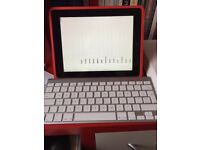 Apple iPad 16GB Black (Wi-Fi only) with official silver Apple Keyboard and Apple Case