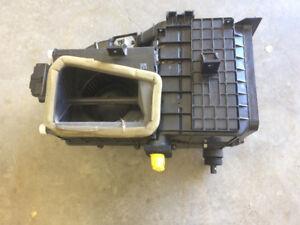 04 Kia Heater Core and Fan for sale