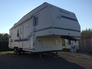 5TH WHEEL FLEETWOOD TERRY TRAVEL TRAILER