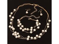 sweet white pearl necklace set