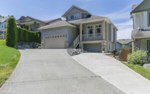 2 level, 3 bedroom home in Promontory