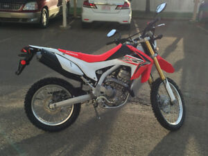 PRICE REDUCED Mint Condition Honda CRF 250