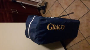 Large Graco play pen ex vondition