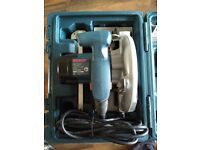 URGENT - Bosch GKS 190 cirular saw + bosch rigid case MUST GO THIS WEEK!!!