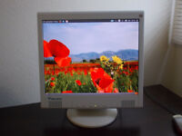 LCD MONITOR - 17 Inch - GOOD PICTURE