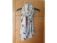 Brand New Oasis bird print scarf