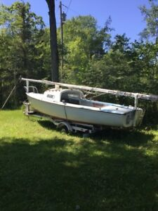 20ft. SAILBOAT FULLY SAILABLE AND WELL MAINTAINED
