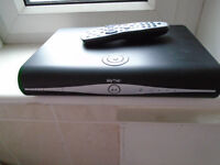 SKY BOX WIT THE REMOTE CONTROL FOR SELL (HD)