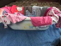 BABY GIRLS CLOTHES. AGE 0-6 MONTHS, BABY BATH INCLUDED. COMFORT BLANKET.