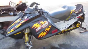 Looking for MXZ800 with blown motor or in need of work.