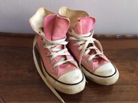 PINK CONVERSE SIZE 6