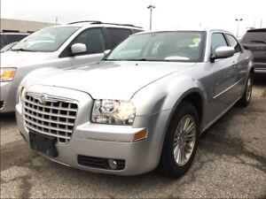 2009 Chrysler 300 TOURING**AUTOMATIC**POWER WINDOWS**POWER LOCKS