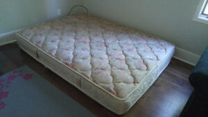 Mattress in good condition!! Clean, no stains or tears