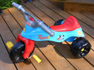 Tricycle Fisher Price Thomas et ses amis