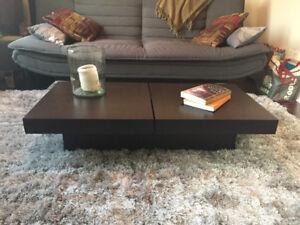 Table à café en bois wenge/ Wood wenge coffee table