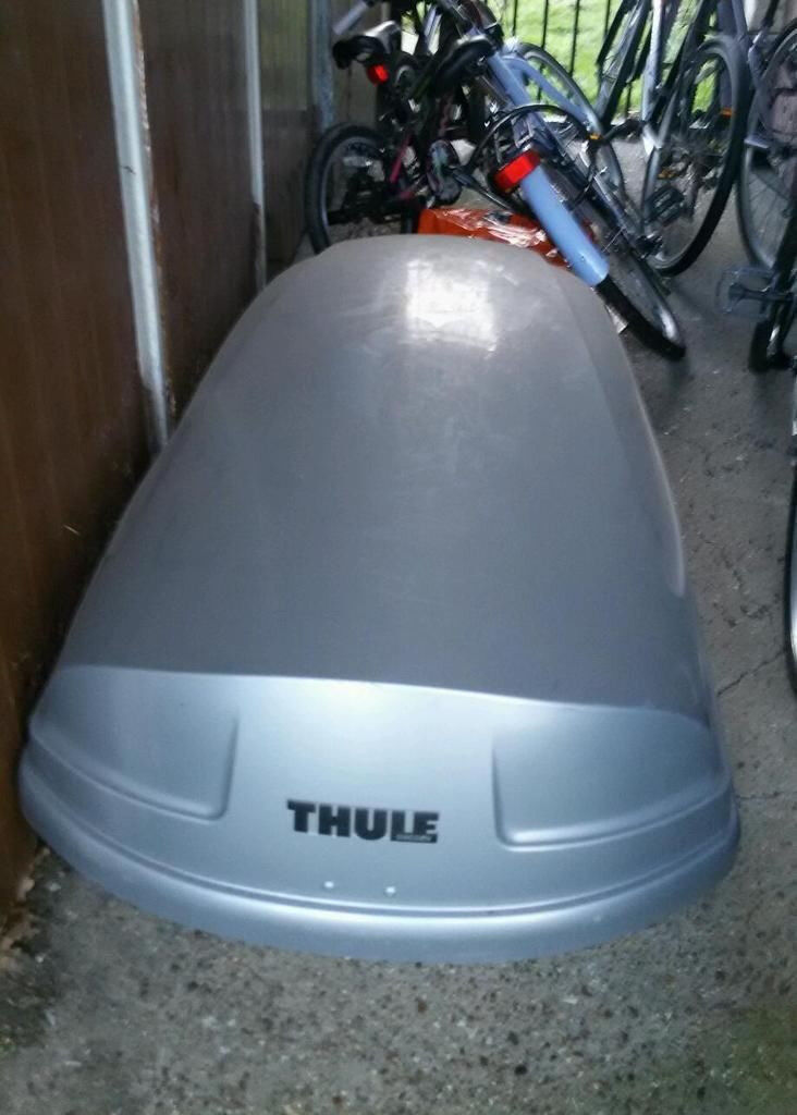 Thule Atlantis 200 440L Roof Box for rent weekly (NOT FOR SALE)