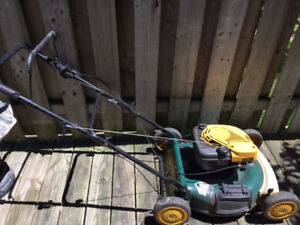 PROJECT! Yard-Man Lawnmower by MTD. Made in Canada
