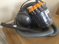 Dyson DC39 Multi Floor Cylinder Vacuum Cleaner NEW
