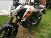 KTM 125 Duke motorbike - HAS 12 MONTH MOT