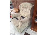Celebrity Riser & Recliner electric Armchair