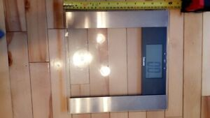 Weight glass scale