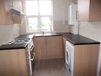 2 bedroom flat in Aukley Road, Sheffield, S8