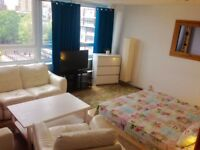 ***Canary Wharf** Lovely area!! Huge Double!!!!