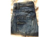 Diesel Jeans - Regular Slim Tapered Fit. Size 32X32