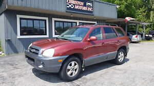 2005 Hyundai SANTA FE JUST TRADED-IN! ONLY $899+taxes