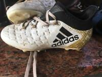 Football boots 13.5