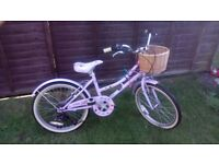 Girls Claude Butler Cambridge Touring Bike inc. basket. Exc. used condition