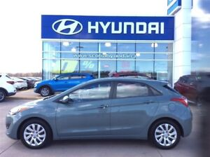 2013 Hyundai Elantra GT GL - Heated Mirrors, CD Player and 1 own