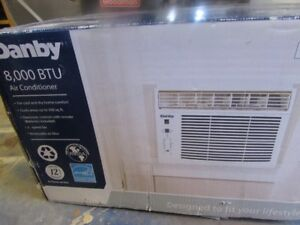 Danby 8000 BTU Air Conditioner in great condition