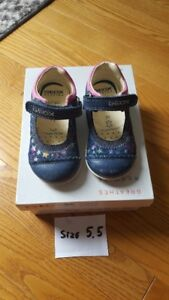 Geox toddler shoes size 5.5