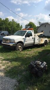 Up for sale 2004 F550 super duty tow truck