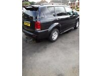 Ssangyong Rexton , 2.7 tdi, with mercedes engine and gearbox, top spec, fully loaded!
