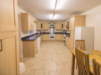 ONLY 3 ROOMS LEFT IN THIS STUNNING PROPERTY!! STARTING FROM JUST £325pcm WITH ALL BILLS INCLUDED!