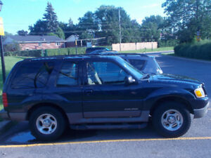 2001 Ford Explorer Sport SUV, Crossover