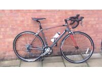 **MINT CONDITION** Giant Defy 5 2014 Road Bicycle