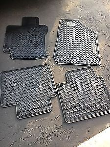 Rubber Floor Mats for Toyota Venza